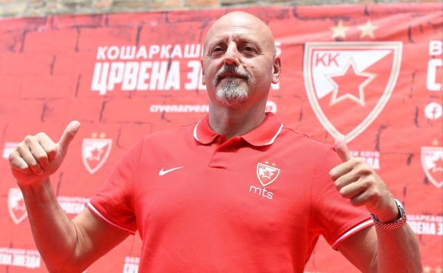 Saša Obradović na promociji u Crvenoj zvezdi