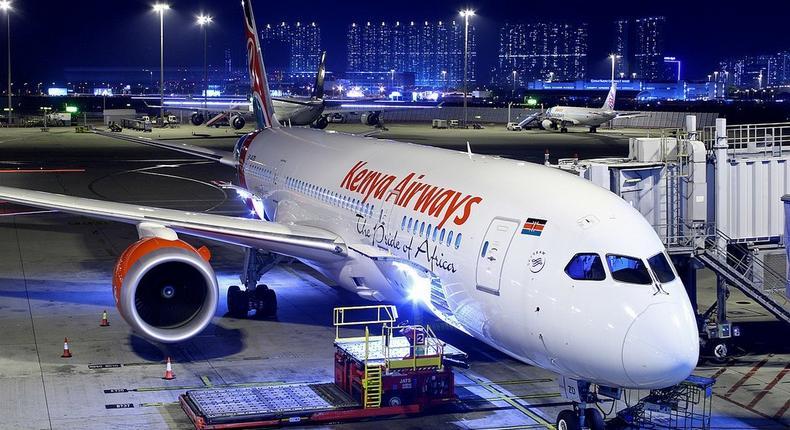 A Kenya Airways Dreamliner