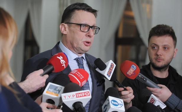 Poseł PiS Marek Ast został w czwartek przewodniczącym sejmowej komisji sprawiedliwości i praw człowieka. Ast został wybrany na przewodniczącego jednogłośnie - głosowało za nim 26 członków komisji.