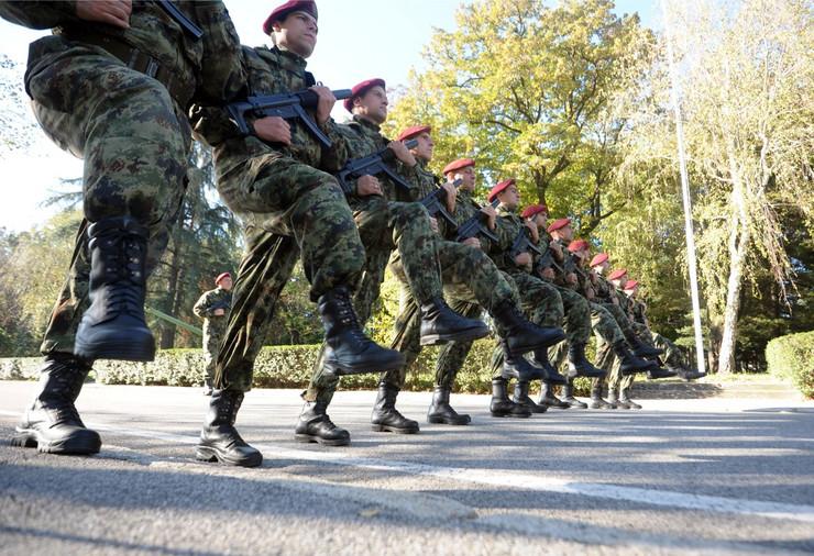 Pripreme vojske za paradu_091014_Ras foto Oluiver Bunic07_preview