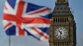 Raport brytyjskiej Izby Lordów - ścisła kontrola imigracji zaszkodzi gospodarce