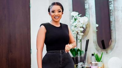 Casual Friday: All the times Serwaa Amihere showed her street style skills wearing shirts and denim