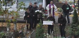 Pogrzeb malutkiego Tomaszka. Paula wyrzuciła go przez okno