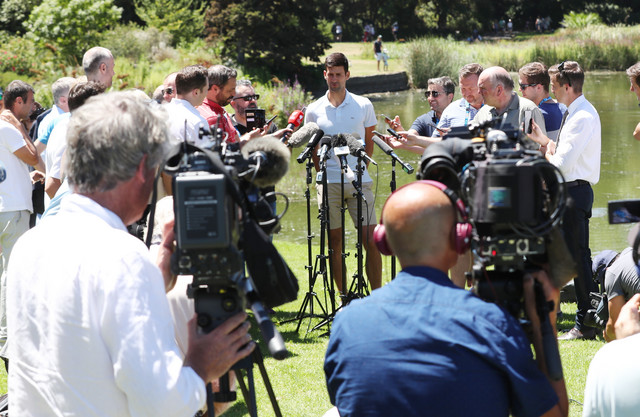 Novak Đoković sa novinarima