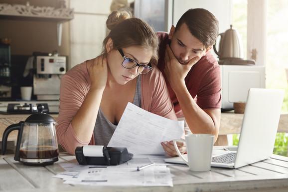 Najjeftinija taksa za upis hipoteke 20.980 dinara