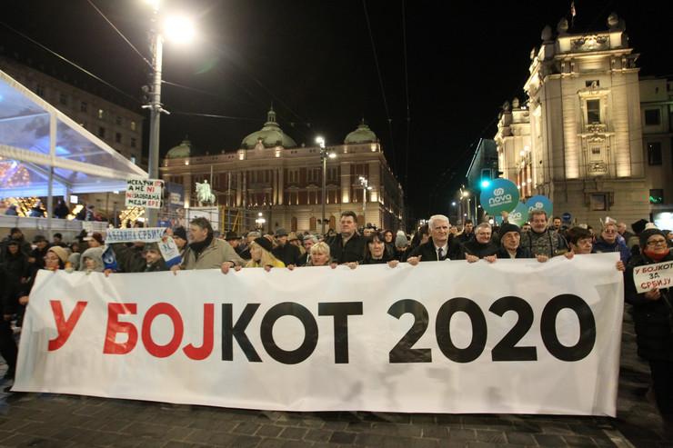 Protest Bojkot, plato, šetnja
