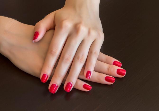 Lakovi za nokte koji traju 14 dana olakšavaju život svakoj ženi