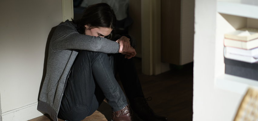 """""""Na Wspólnej"""" odcinek 3261. Janek nie może pogodzić się ze śmiercią matki!"""