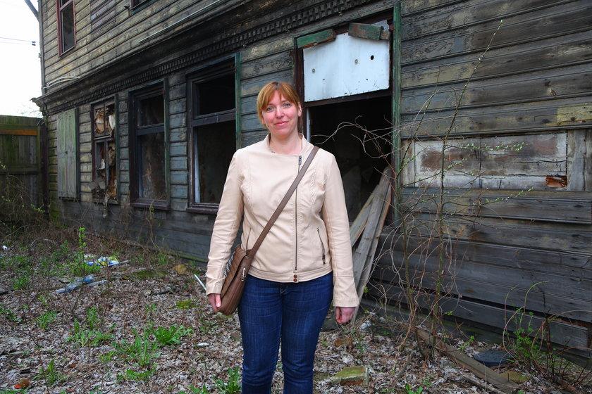 Milena Posiła, mieszkanka drewniaka przy ul. Przędzalnianej w Łodzi