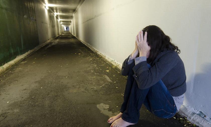 14-latka została zgwałcona zbiorowo na cmentarzu