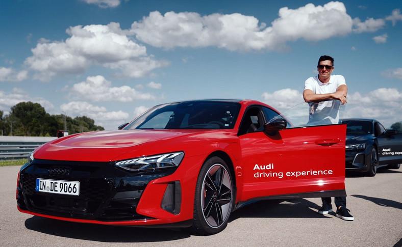 Robert Lewandowski ma nowy samochód. To elektryczne Audi