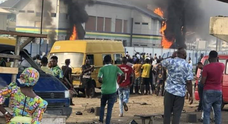 One of the police stations set on fire on Wednesday, October 21, 2020 by hoodlums in the Orile area of Lagos (Nairametric)