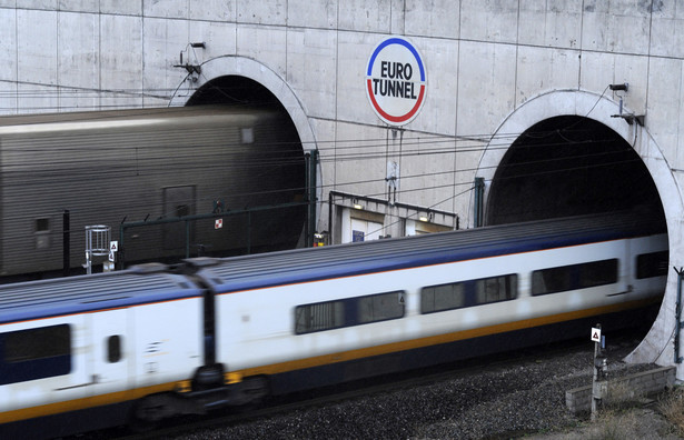 W ramach strajku kolej odwołała większość połączeń, w tym pociągi, które jadą tunelem pod kanałem La Manche.