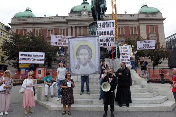 Raščinjeni monah Antonije Davidović na jednom od skupova u Beogradu