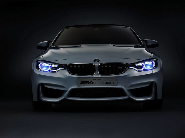 BMW M4 Iconic Lights