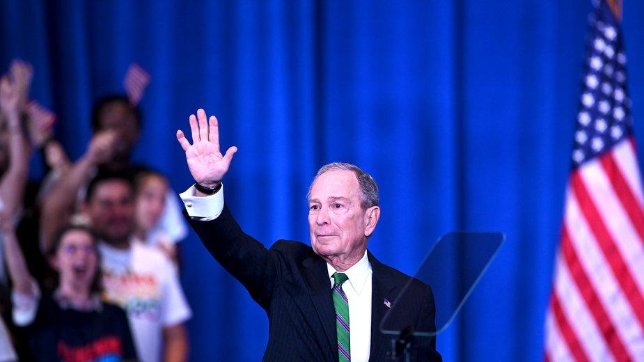 Mike Bloomberg przeznaczy ponad 100 mln dol. na kampanię Joe Bidena na Florydzie