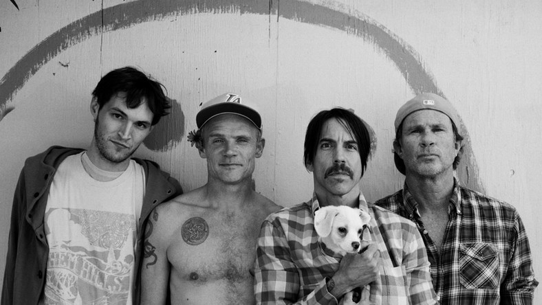 Red Hot Chili Peppers w różanej monarchii