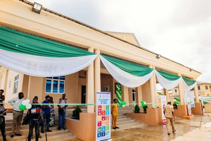 Governor Akeredolu commissions a new skill acquisition centre in Ondo State.