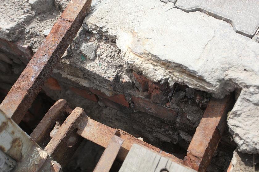 Dziura w moście