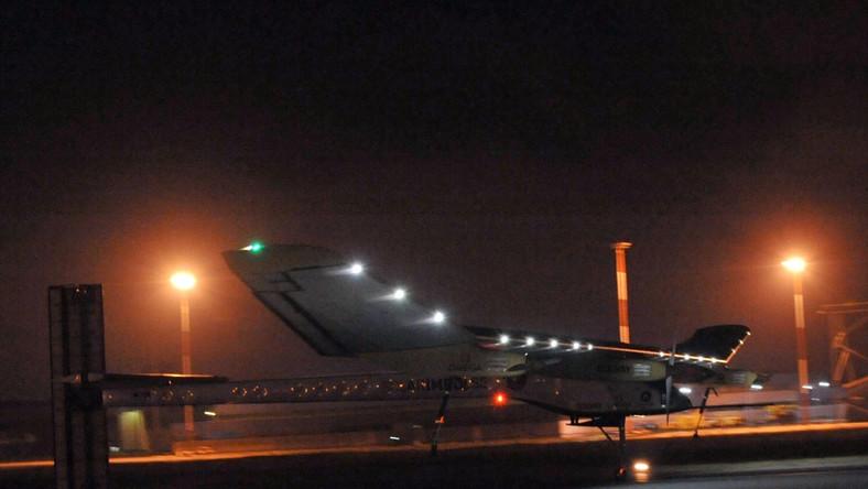 Samolot Solar Impulse po wylądowaniu w Maroku