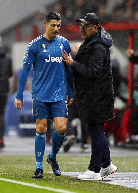 Kristijano Ronaldo i Maurisio Sari posle izmene na meču Lokomotiva - Juventus