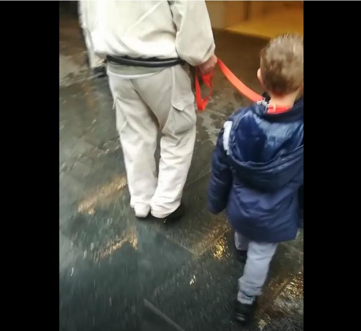 dete na povocu knez mihailova