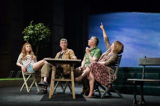 Taniec Albatrosa w reżyserii Macieja Englerta w Teatrze Współczesnym Online