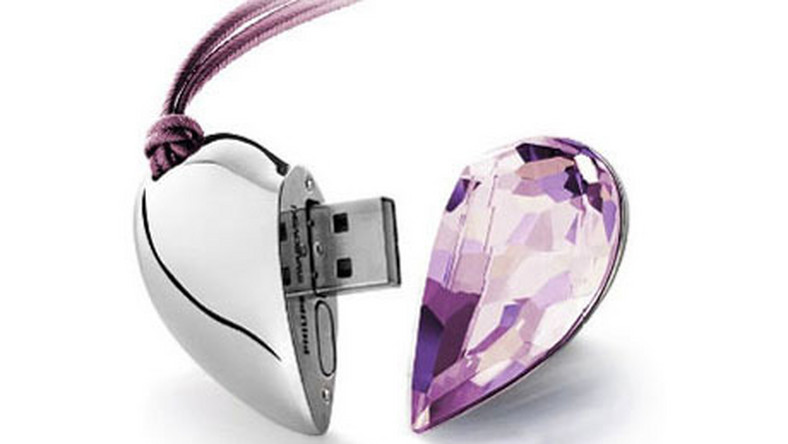 Na walentynki: Pamięć USB dla zakochanych