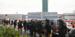 Strzały na lotnisku w Paryżu. Zarządzono ewakuację