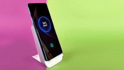 Top 10: Die günstigsten Qi-Smartphones für kabelloses Laden ab 240 Euro