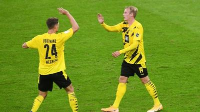 Bayern Munich cup tie off, doubts in Dortmund after Covid cases
