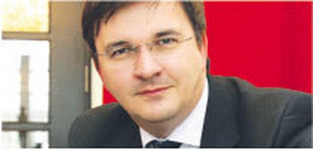 Rafał Dębowski, adwokat prowadzący kancelarię w Warszawie
