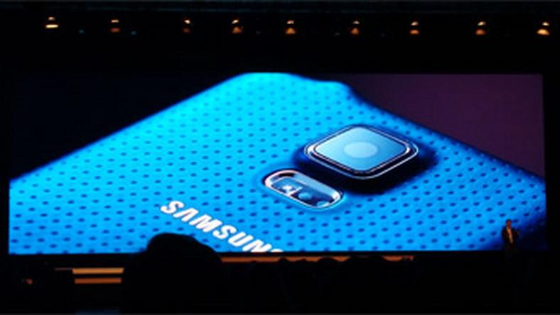 1b74a517201a7 Galaxy S5 kontra Galaxy S4 i wcześniejsze modele. Porównanie specyfikacji  (infografika)