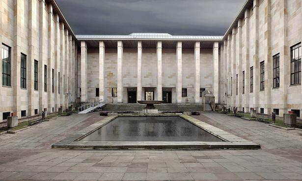 Galeria Sztuki Starożytnej została zamknięta dla zwiedzających w lipcu 2011 roku. Po blisko dziesięciu latach przerwy sztuka starożytna powróciła na stałe do sal wystawowych Muzeum Narodowego w Warszawie.