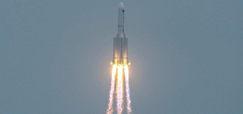 Fragment chińskiej rakiety spadnie nad ranemna Ziemię