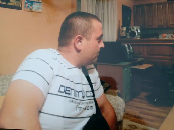 Vojislava Blagojevića je Danijel J. ubio jer je pokušao da odbrani vlasnika kafane