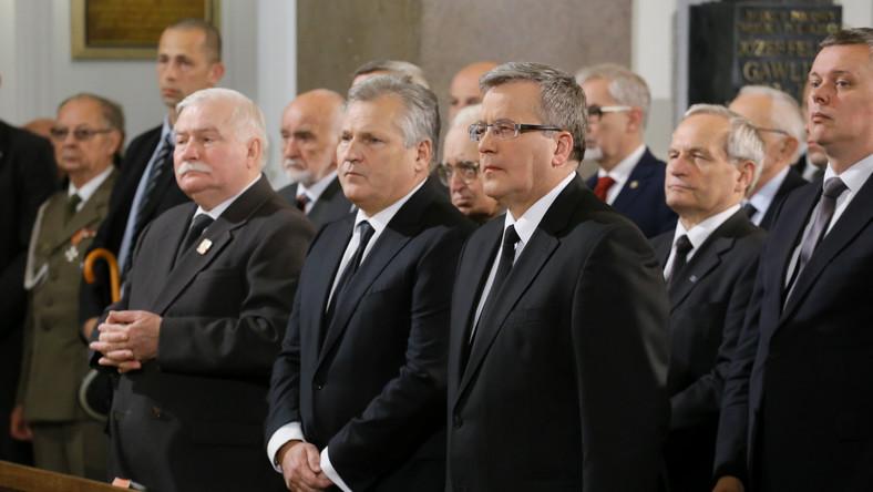 Msza za gen. Jaruzelskiego. Trzech prezydentów w katedrze