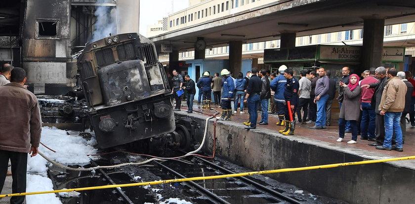 Pożar pociągu, zginęło co najmniej 25 osób. Uwaga! Drastyczny film!