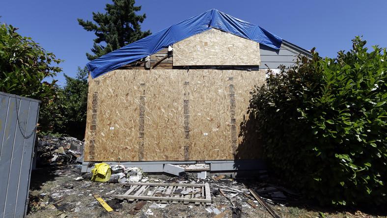 Spalony dom w Seattle