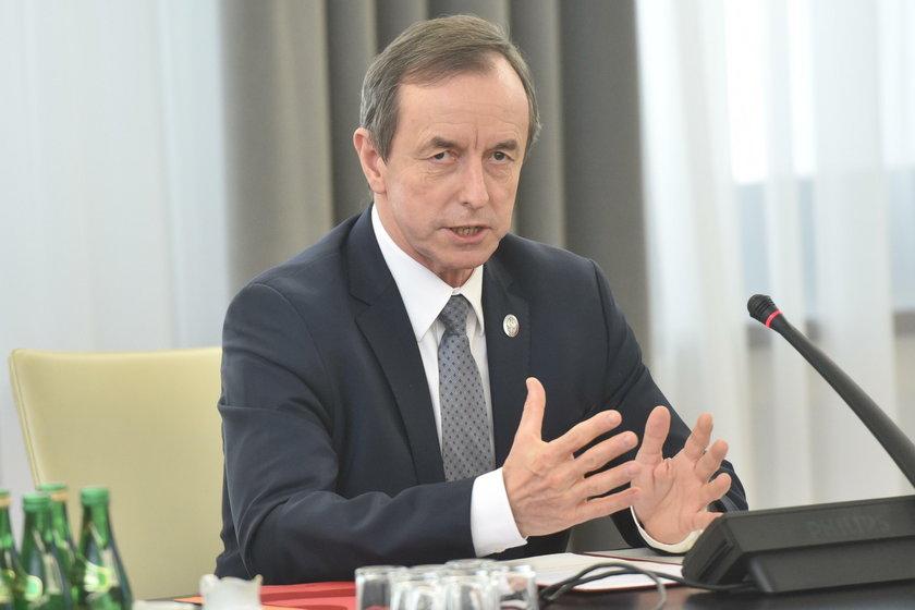 Marszałek Senatu chce zaprosić szefa PiS