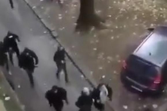 PALICE, DIM, HAOS NA BANJICI Nije moglo bez nereda: Sukobili se huligani pre meča Rad - Partizan /VIDEO/