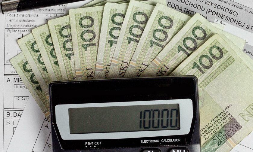 Pracownica Inspektoratu ZUS wyłudziła ponad 80 tyś. złotych