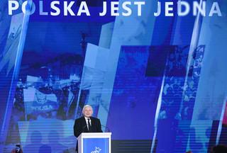 Konwencja PiS: Partia Jarosława Kaczyńskiego znowu rozdaje karty