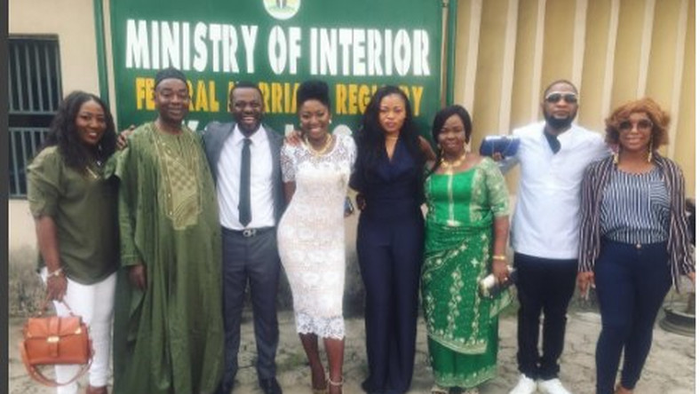 Yvvone Jegede, Abounce surrounded by friends and family including Jazzman Olofin and Bimbo Akintola at their court wedding