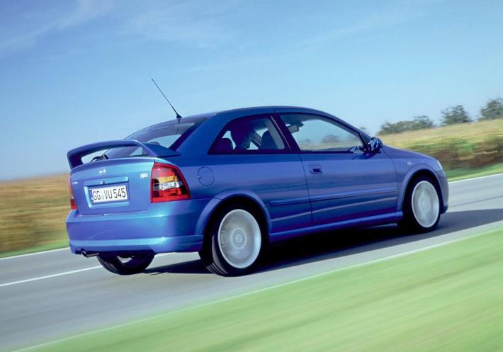 Opel Astra OPC 2002