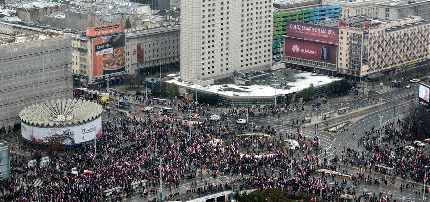 Rada Warszawy zajmie się zmianą nazwy Ronda Dmowskiego na Praw Kobiet