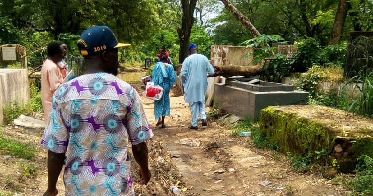 Lagos public cemeteries in deplorable condition - Pulse Nigeria