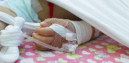 14-miesięczna dziewczynka wypadła z okna i zmarła. Jest decyzja