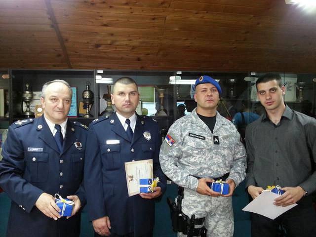 Nagrađeni niški policajci