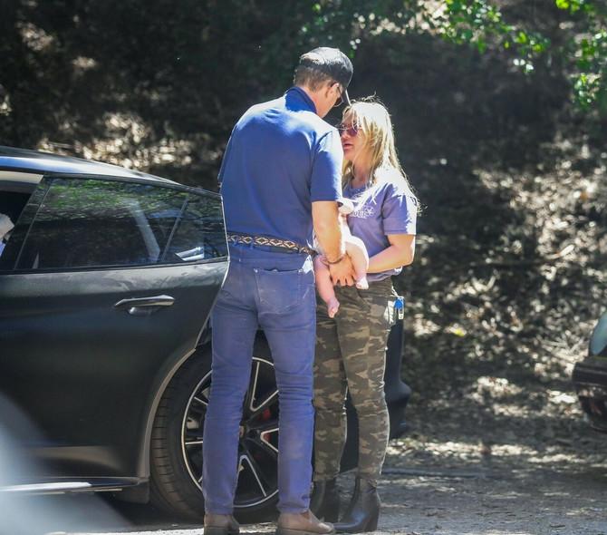 Hanter Bajden sa drugom suprugom i njihovim detetom pre nekoliko meseci u Los Anđelesu
